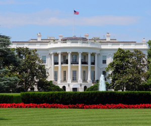 This is a picture of the White House in Washington, D.C.