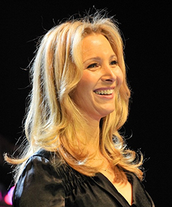 This is a photo of Lisa Kudrow.