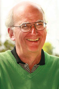 Past APS President Michael Gazzaniga