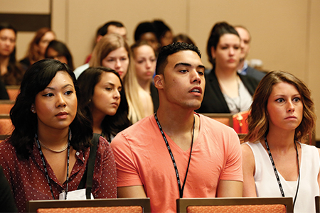 Students and researchers packed meeting rooms to learn new information on a range of scientific topics, including behavior change, time perception, and new research methodologies. More than 4,300 professors and students attended the convention.