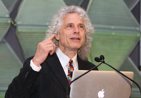 This is a photo of Steven A. Pinker at the APS Annual Convention in Chicago