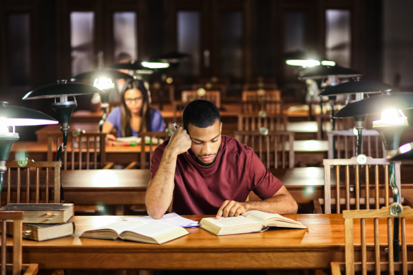 """Video: For Marginalized Grad Students, A Guide to the """"Hidden Curriculum"""""""